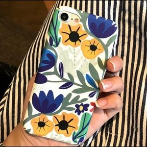 Accessories - iPhone Floral Printed Phone Case